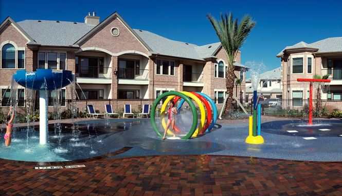 sanbrisas_apartments_playground