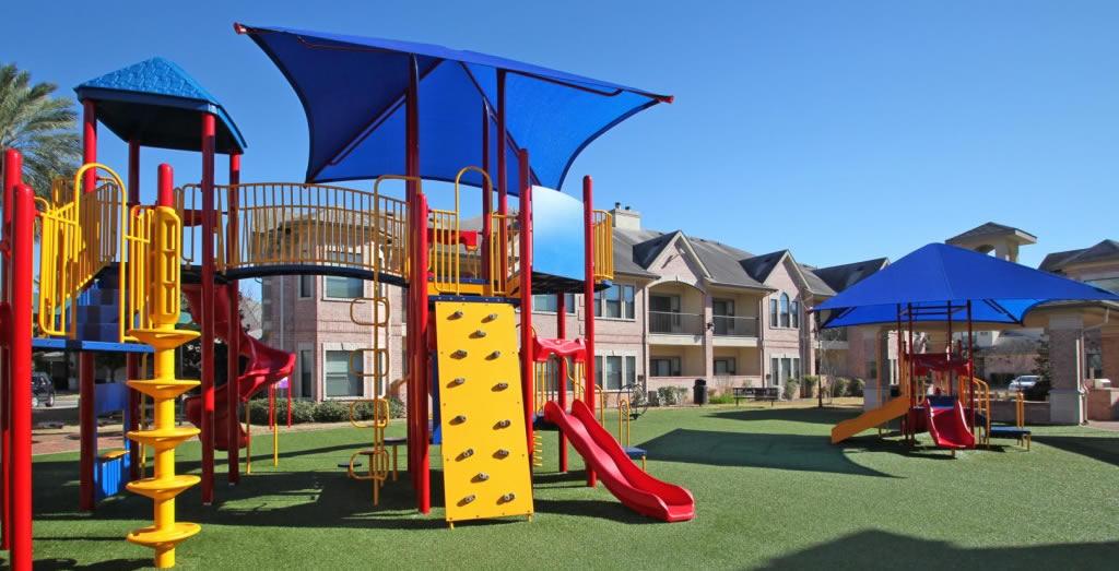 SanBrisas_Apartments_Playground